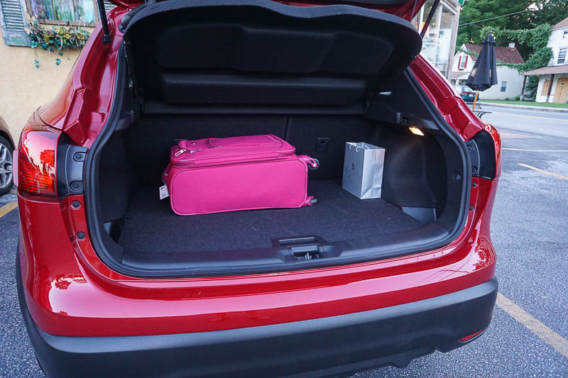 Nissan Rogue Sport - cargo space