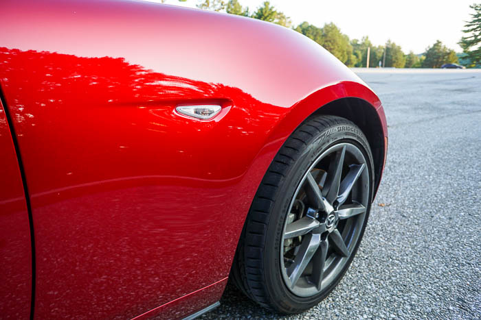 Mazda Miata MX-5 RF lines
