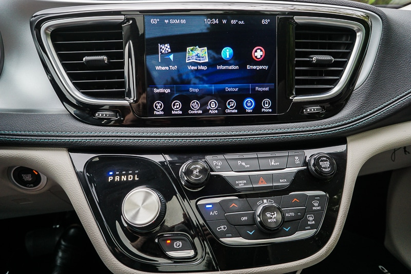 Chrysler Pacifica hybrid console