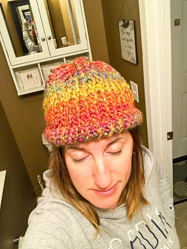 Round loom hat