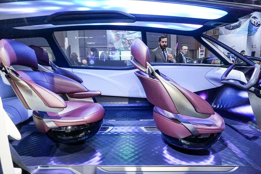 Auto Shows-Toyota FCR interior