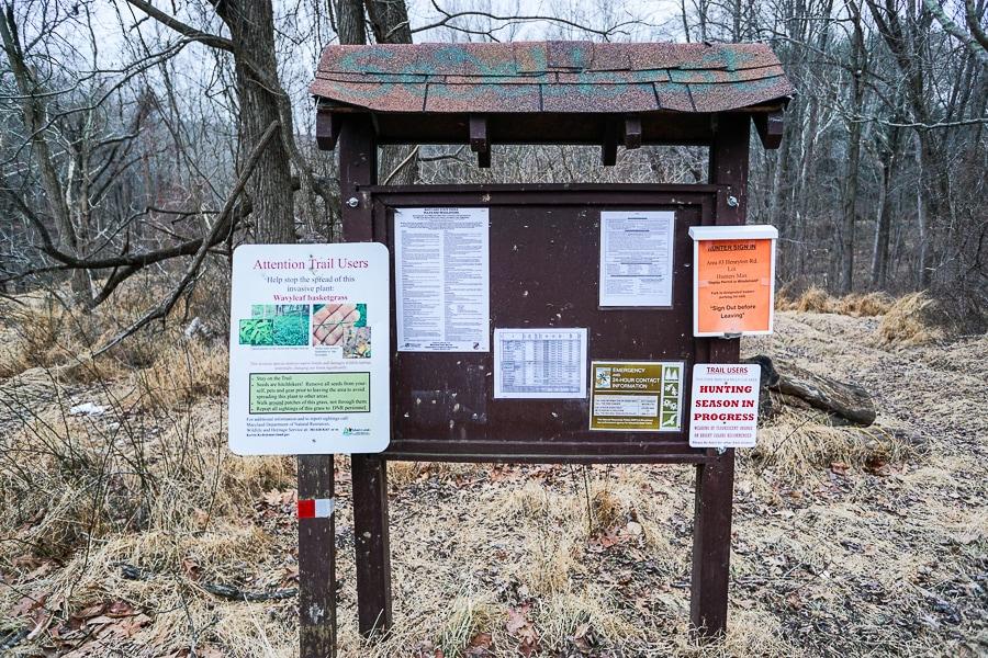 Hunting trail marker