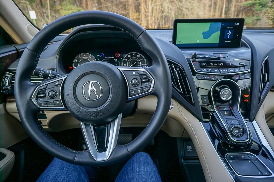 Acura RDX cockpit