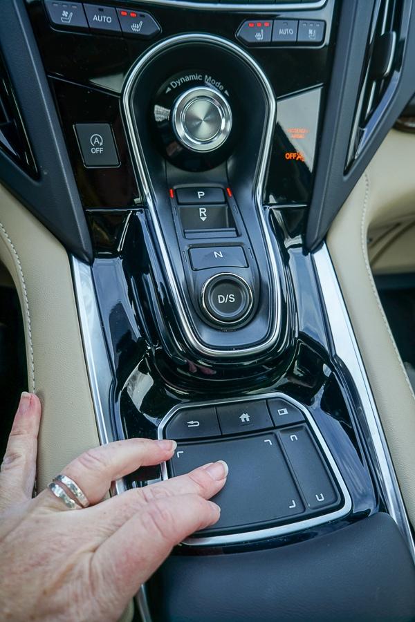Acura RDX True Touchpad Interface