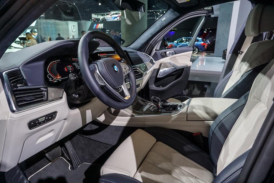 LA Auto Show-BMW X7 interior