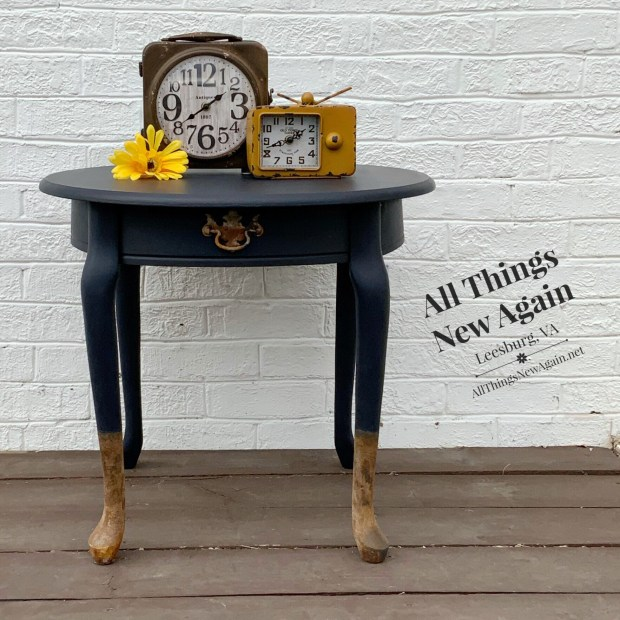 Small vintage side table | Painted in Dixie Belle In the Navy | navy blue furniture | Dixie Belle Patina Paint