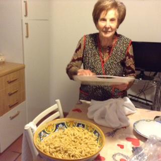 KOHLRABI with pasta – a wet dish (Causunnedda che cavuli )