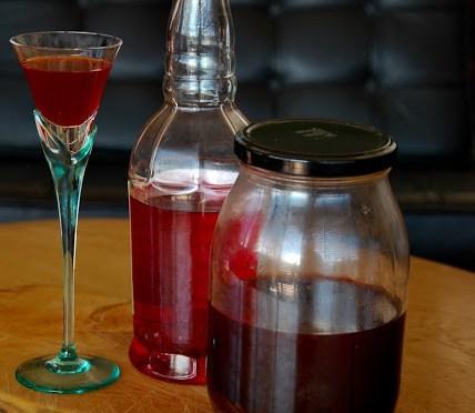 ROSE LIQUEUR (Rosoliu/Liquore di rose)