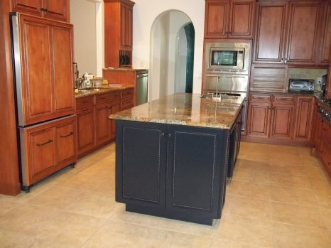 Cabinet Refinishing - AFTER