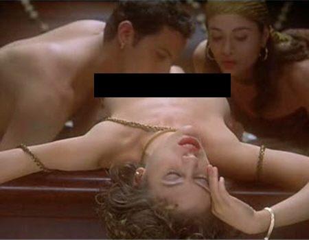 Lady kashmir stripping nude