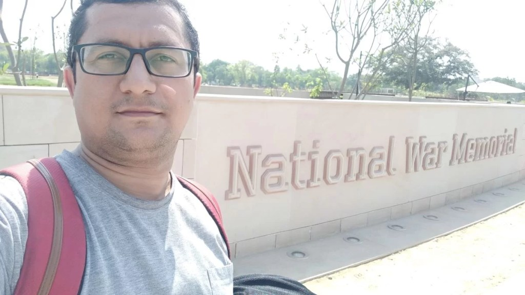 """राष्ट्रीय युद्ध स्मारक, Chakra Architecture, National War Memorial"