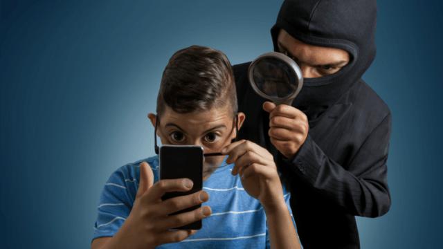 Comment bloquer les logiciels espions mobiles ?