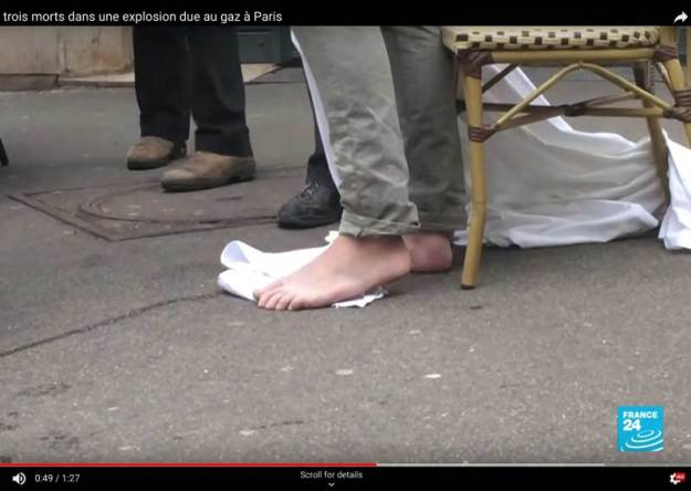 Barefeet after Paris rue de Trevise gaz explosion