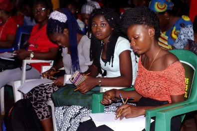 A cross section of aspiring designers taking sketching classes