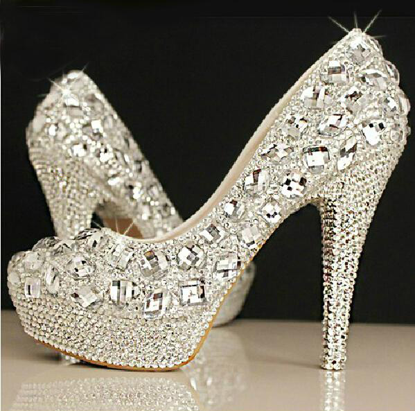 Sparkling rhinstone wedding shoes