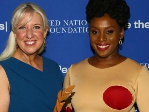 Chimamanda Adiche receives UN award