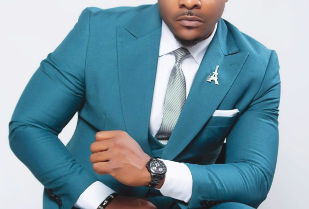 Cover: BOLANLE NINALOWO - Man on a mission