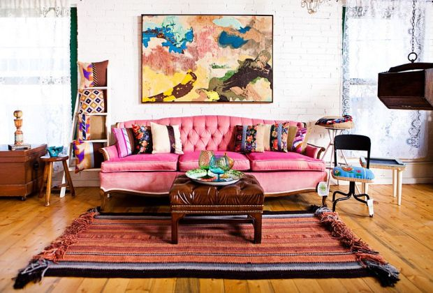 4. WAYS TO ADD COLOURS TO YOUR LIVING ROOM