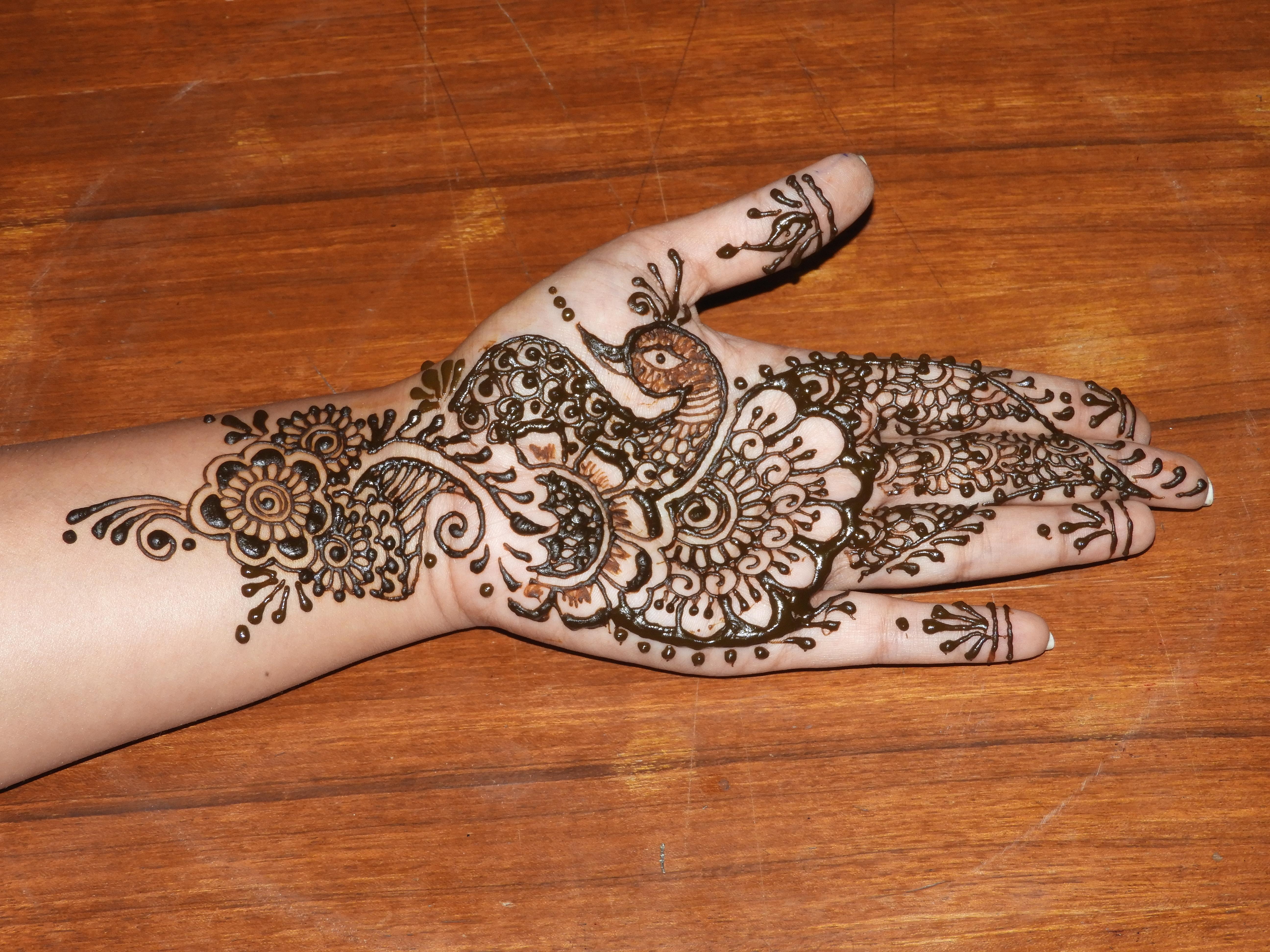 Easy Peacock style Mehendi/Henna design (non-bridal)