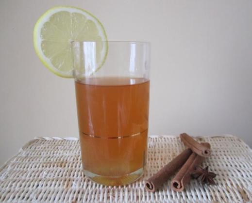 чай с корицей и бадьяном