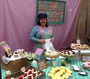 Betty Lou's Bakery - vintage shopping always involves cakes, FACT!