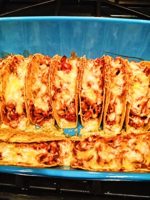 Cheesy, Crunchy Baked Chicken Tacos