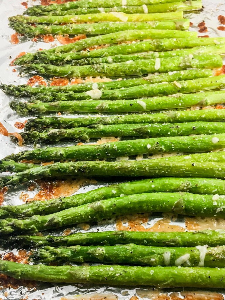 10-Minute Parmesan Roasted Asparagus