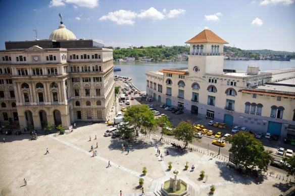 Plaza de San Francisco and Terminal Sierra Maestra, Havana