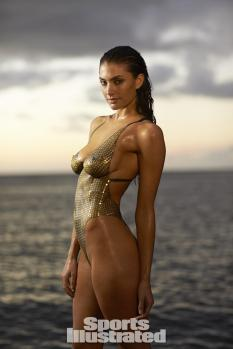 Lauren-Mellor-2014-SI-Swimsuit-Issue_035