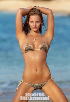 Marloes-Horst-2014-SI-Swimsuit-Issue_022