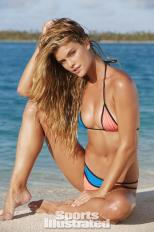Nina-Agdal-2014-SI-Swimsuit-Issue_007