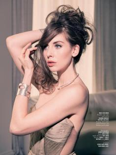 Alison-Brie-Rhapsody-Magazine-March-2014_003