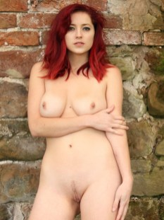 lucy-collett-nude-forest-shoot-13