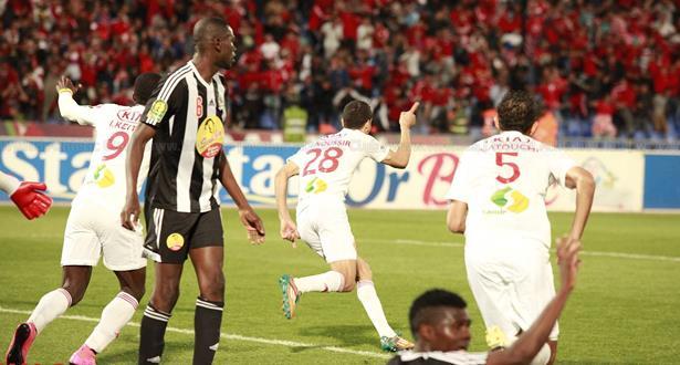 """""""الكاف"""" يفرج عن مواعيد مباريات الوداد والفتح والكوكب في المسابقات الإفريقية"""
