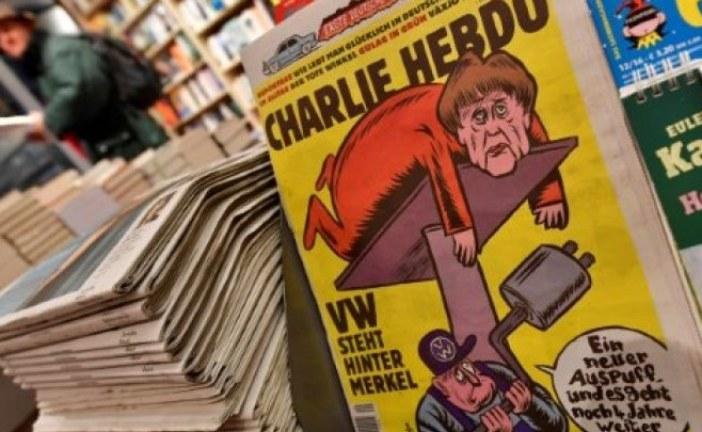 """نسخة ألمانية أولى من مجلة """"شارلي إيبدو"""" تسخر من ميركل"""