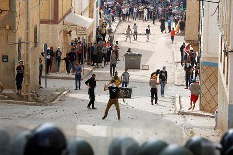 إدارة سجن عكاشة: 3 نزلاء فقط من المعتقلين على خلفية أحداث الحسيمة مضربون عن الطعام