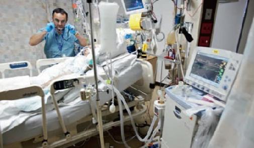 علماء فرنسيون يوقظون مريضا من غيبوبة دامت 15 سنة