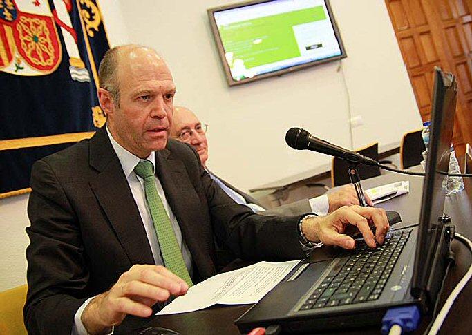 La seguridad social de ciudad real presenta su nueva oficina virtual almagro noticias - Oficina seguridad social granada ...