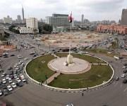 رئيس الحكومة يكلف بتطوير ميدان التحرير وتزيينه بمسلة 19 مترا