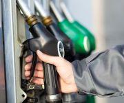 الحكومة ترفع أسعار مشتقات البنزين رسميا بنسب 16% و 30%