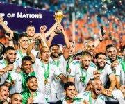 الجزائر تنضم للقائمة.. كم منتخبًا توّج بلقب أمم إفريقيا خارج ملعبه؟