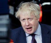 الحكومة البريطانية تحذر المواطنين من «كورونا».. «الأمور تتجه إلى الأسوأ»