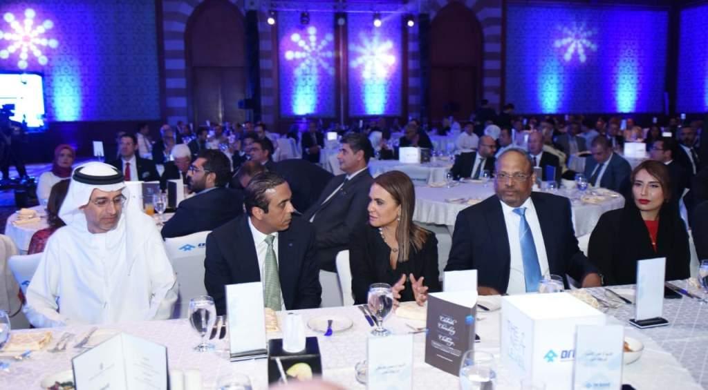 سفير الإمارات المهندس جمعة مبارك ووزيرة الاستثمار والتعاون الدولى سحر نصر