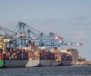القمح والحديد والذرة أهم ما استقبله ميناء دمياط خلال أسبوع (جراف)