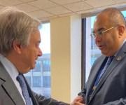 محمود محيي الدين يهدي أمين الأمم المتحدة نسخة من مبادرة «أفكار للتنفيذ» (صور)