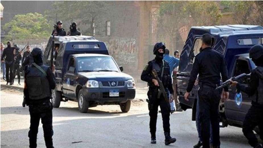 أول فيديو لحادث صدم لصوص لفرد شرطة أنقذ سيدة من السرقة بالقاهرة - جريدة المال