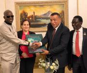وفد مصري يزور أوغندا لبحث إنشاء مركز تجاري للصناعات الجلدية