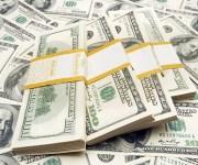الدولار يحافظ على مكاسبه عند 20 قرشًا منذ ظهور كورونا في مصر