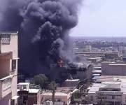 النيابة تأمر بندب خبراء الأدلة الجنائية لمعاينة آثار حريق شركة الملح والصودا بالإسكندرية (صور)