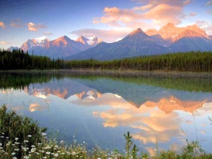 paintbox_mountains_lake